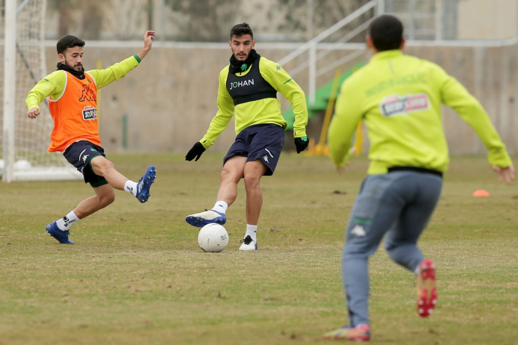 Προπόνηση και αποστολή για το ματς με τον ΠΑΟΚ στην Τούμπα | pao.gr