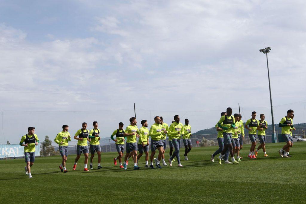 Προπόνηση και αποστολή για τον αγώνα play off με την ΑΕΚ | pao.gr